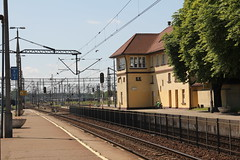 Inowrocław train station 22.07.2013 (szogun000) Tags: railroad building station canon tracks poland polska rail railway signals platforms pkp interlockingtower kujawskopomorskie inowrocław d29131 kuyavianpomeranian canoneos550d canonefs18135mmf3556is d29353 d29742