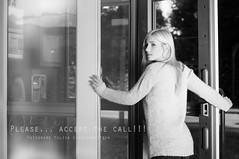 DSC_0027atext (ya.yuli) Tags: woman girl angel call frau telefon tod schwarz angst schmerz weis leid thephotographyblog