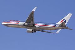 N388AA (Escursso) Tags: barcelona plane airplane wings bcn american airbus catalunya boeing airlines aa spotting avion 767 avio b767 76731aer lebl elpratdelllobregat n388aa