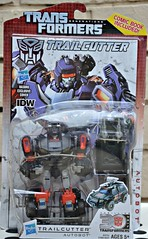 Trailcutter (rebelwithcauses) Tags: transformers g1 autobots generation1 generationone trailbreaker