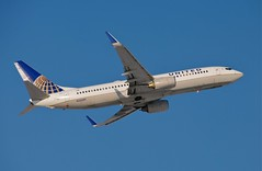 N33289  737-800 United Airlines (RedRipper24) Tags: n33289 dullesinternational dullesinternationalairport dulles washingtondulles kiad iad boeing united washingtondullesinternationalairport 737800 unitedairlines
