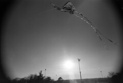 (flaxendream) Tags: park sunset sunlight kite chicago film 35mm flying illinois unitedstates canona1 canonfd24mmf28