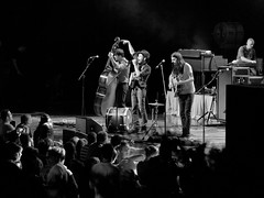 The Avett Brothers (jhwill) Tags: bw music blackwhite concert michigan detroit livemusic olympus rochesterhills highiso 75mm theavettbrothers meadowbrookmusicfestival 75mm18 omdem1 olympusomdem1