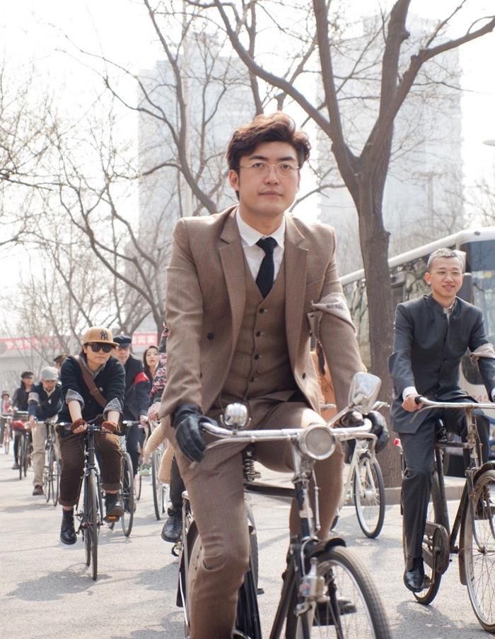 tweed run street style beijing