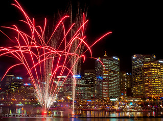 Vivid Sydney | 2014 | Darling Harbour - Vivid Aquatique Water Theatre and Fireworks 3534