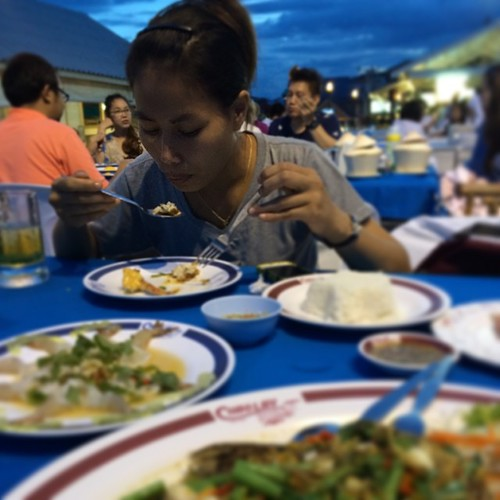 So much yummy food at Chao Lay Seafood Hua Hin Thailand