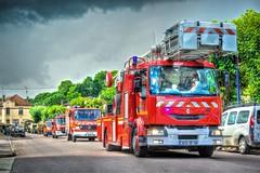 Contrexéville : 14 juillet 2016 (Graffyc Foto) Tags: contrexeville defile du 14 juillet 2016 vehicules epas vittel hdr nikon d700 graffyc foto vosges lorraine france europe monde univers pompiers secours camions grande echelle