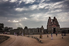 Vittala Temple (Premnath Thirumalaisamy) Tags: hampi ruins vijayanagara tungabadra architecture