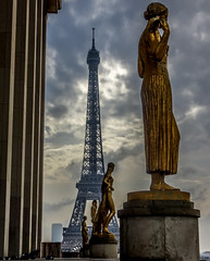 The Effel tower (Lanceflot) Tags: paris effel tower trocadero france statue europe powerful architecture city capital sky gold golden