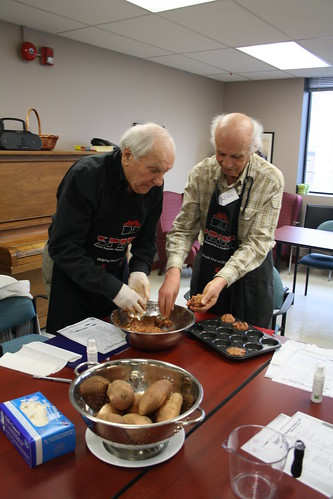 Men's Cooking Club - April 2013 - SPRINT and Alzheimer Society 109
