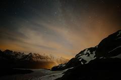 les lumires de chamonix II (gnomovtt) Tags: france alpes ciel chamonix nuit toile