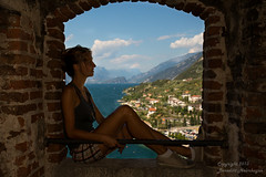 Italy (HelBen85) Tags: travel italien sunset italy lake canon see evening abend sonnenuntergang view l 5d ww aussicht viewpoint 1740 malcesine burg reise lagodigarda gardasee markiii uww 2013