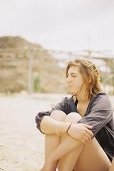 Iffy (Riccy Wings) Tags: travel friends portrait colour film beach analog canon mexico kodak ae1 200 plus sooc