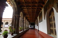 Peru Cuzco galeria del claustro Convento de la Merced 08 (Rafael Gomez - http://micamara.es) Tags: cuzco de la merced convento humanidad patrimonio ph559 peru cusco perú del galeria claustro
