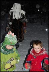 Behind you...! (James Mundie) Tags: christmas philadelphia costume mask folklore parade alpine devil procession northernliberties yuletide krampus germanic mundie prechristian copyrightprotected krampuslauf libertylands jamesmundie jamesgmundie profjasmundie jimmundie copyrightjamesgmundieallrightsreserved alpinetradition krampuslaufphiladelphia vision:people=099 vision:face=099 vision:outdoor=0902