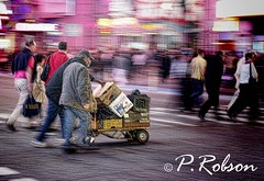moving home (Paul Robson 58) Tags: newyorkcity timessquare