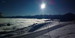 Wintertraum :) (Christian He) Tags: mühlachalm königsleiten österreich tirol alpen winter wolken sonne himmel gondel gondelbahn über den dorfbahn nokia 808 pureview skigebiet zillertal arena berge berg lift ski schi