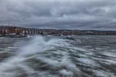 20170325-_DSC3389ext.jpg (GrandView Virtual, LLC - Bill Pohlmann) Tags: galeforcewinds weather canalpark bigwaves duluthmn greatlakes lakesuperior minnesota