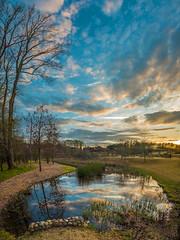 A sky too big to fit - 2017-03-25_02 (Paul and Nalva) Tags: nx500 samsungnx500 rokinon12mmf2 rockmillpark sunrise sunset bokeh flp