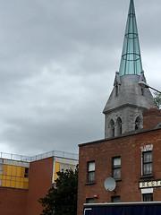 Walking in Dublin (Églantine) Tags: 9956 walking architecture irlande ireland dublin oldnew glass stone church steeple