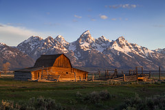 First light on the barn (RSBurnsIM) Tags: barn sunrise nationalpark grand moose row jackson mormon wyoming teton tetons wy firstlight moulton