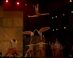 Cirque du Soleil : Qubec : Chemins Invisibles :  LE HANGAR DES OUBLIS (Chapitre 5) : Elena Kolesnikova - Voltigeuse - Flyer (eburriel) Tags: show canada fun photo artist circo martin image quebec circus live femme group hangar performance picture qubec 1001nights cirque acrobate qc libre emmanuel cirquedusoleil agora homme invisibles spectacle troupe chemins  acrobatie circodelsol
