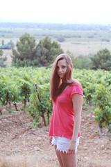 Wild Cat (Mathieu Rodriguez) Tags: summer girl beauty youth canon eos vineyard eyes wine jeunesse yeux beauté 650 shooting vin été vignes fille gruissan sud volupté douceur 650d