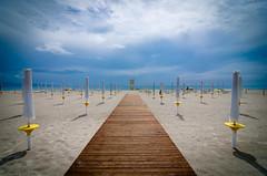 Settembre al mare (Isabella Pirastu) Tags: sea summer holiday beach rain mare estate september pioggia settembre spiaggia ombrellone