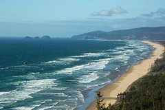 Beautiful Oregon Coast on a sunny afternoon (Mysophie08) Tags: oregon waves unitedstatesofamerica thumbsup lookingdown capelookout infocus highquality bigmomma gamewinner tillamookor friendlychallenges thechallengefactory yourockwinner gamex2winner storybookwinner gamex3sweepwinner