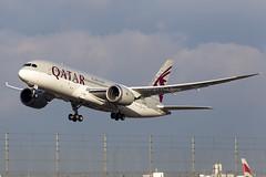 Qatar Airways Boeing 787 Dreamliner A7-BCD (LHRlocal) Tags: london plane airplane flying airport heathrow aircraft aviation flight aeroplane boeing takeoff spotting lhr heathrowairport qatar rotate flugzeuge planespotting 787 qatarairways egll dreamliner boeing787 canon6d philbroad a7bcd