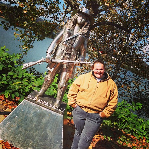 Mad Annie! i #mothman #point #fieldtrip #lchspride #historic #statue
