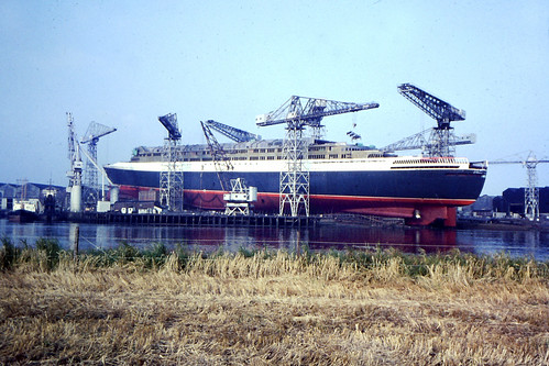 QE2 Under Construction River Clyde 1960s