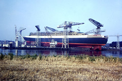 Image titled QE2 Under Construction River Clyde 1960s