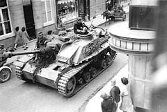 Sturmgeschütz 7,5cm StuK 40 Ausf.G Sd.Kfz.142/1 10th SS-Panzer-Division Frundsberg in Maaseik, Autumn 1944