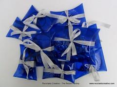 cajas regalo realizadas con botellas de plstico recicladas (13) (Reciclado Creativo - The Reuse Factory) Tags: pet recycled 2nd plastic present lives boxes recycling regalo reuse plstico reusing reutilizar reciclaje repurpose botellas cajas reciclado reutilizacin recycledplasticbottles recicladocreativo 2ndlives