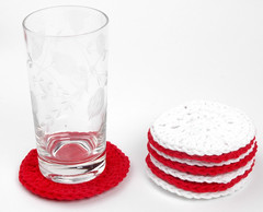 redwhitecoaster4 (Reina Ferraris) Tags: red usa wisconsin handmade crochet cotton badgers coaster brightred madeinusa brilliantwhite