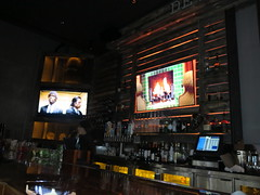 IMG_3732 (Mud Boy) Tags: california beer bar sandiego films craft socal gaslamp pulpfiction southerncalifornia beetlejuice westcoast screens nafsa pulpfiction1994 beetlejuice1988 unionkitchentap unionkitchentapgaslamp nafsaassociationofinternationaleducatorsisanonprofitprofessionalorganizationforprofessionalsinallareasofinternationaleducationincludingeducationabroadadvisingandadministration 5thavesandiegoca92101 arotatingmenuofcraftbeerspairedwithnewamericansmallplatesinamodernyetrusticsetting