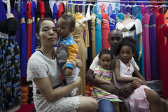 Afro-Chinese family (Robin Fall Photography) Tags: guangzhou china africa city family portrait color kids mixed married little chocolate families clothes relationships trade select afrochinese