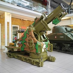 "British 9.2 inch Howitzer • <a style=""font-size:0.8em;"" href=""http://www.flickr.com/photos/81723459@N04/19206476233/"" target=""_blank"">View on Flickr</a>"