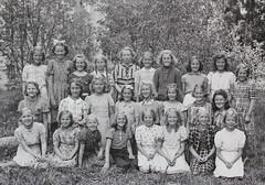 Norra ngby Folkskola, klass 5, vrterminen 1941 (Olle Sundh) Tags: stockholm norra skola klass bromma svv skolfoto ngby folkskola skolbarn vultejusvgen