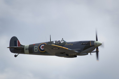 "Flying Legends 2015 • <a style=""font-size:0.8em;"" href=""http://www.flickr.com/photos/25409380@N06/19786372286/"" target=""_blank"">View on Flickr</a>"