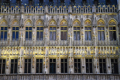 Gothic (angelsgermain) Tags: façade sculptures windows arches stone artworl gothic middleages 15thcentury building architecture townhall hoteldeville stadhuis grandplace grotemarkt city brussels bruxelles brussel belgium belgique belgie