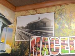 PRR Station (Fan-T) Tags: applebees macedonia ohio prr railroad station