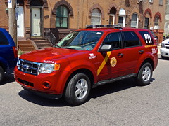 PFD PI 1 (Aaron Mott) Tags: ford philadelphia fire firetruck chevy philly suv firedept firedepartment pfd fireapparatus phillyfire philadelphiafire phiadelphiafire firetruckpfd