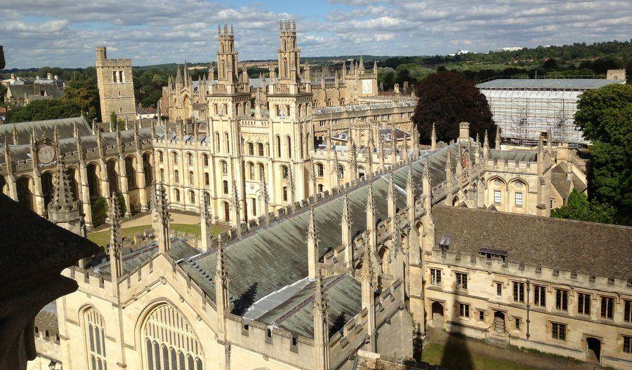 Колледж All Souls в Оксфорде