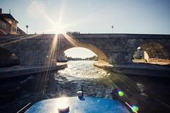 Sunshine (Rudolf Weimer) Tags: sunshine boot boat regensburg ratisbon danube goldenhour donau sonnenschein stonebridge sonnenlicht steinernebrück