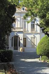Villa Marie (Laurent Lenotre) Tags: man marie villa porte escalier colonne loggia lentre minotaure palladien
