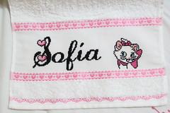 Punto cruz - Marie (harumi1206) Tags: pink baby marie punto cross stitch handmade name sofa towel disney cruz nombre toalha nome ponto letras croce bordado toalla corazones rosado monograma cursiva