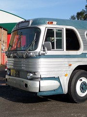 SAM_0185 (pjlcsmith2) Tags: greyhound gmc brooklands scenicruiser transportfest uas576