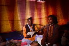 Bauls (Leonid Plotkin) Tags: musician india asia singing song traditional singer tradition spiritual folkmusic bengal westbengal folksinger baul dotara joydev kenduli joydeb spiritualmusic